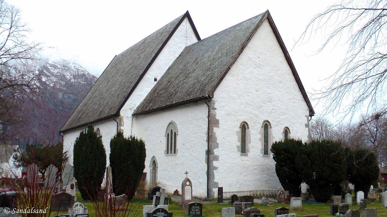 Sogn og Fjordane - Aurland - Vangen - Steinkirken