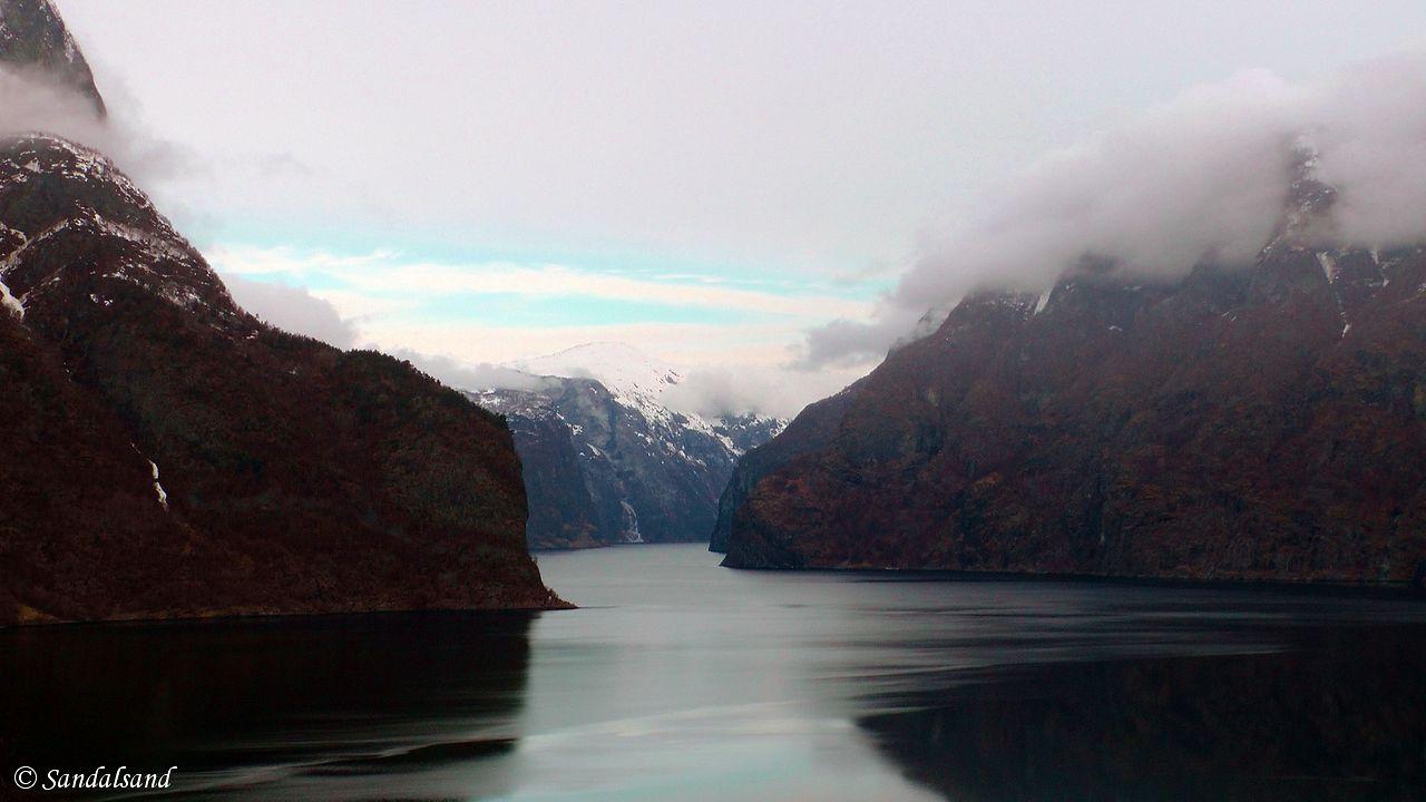 Sogn og Fjordane - Aurland - Aurlandsfjorden