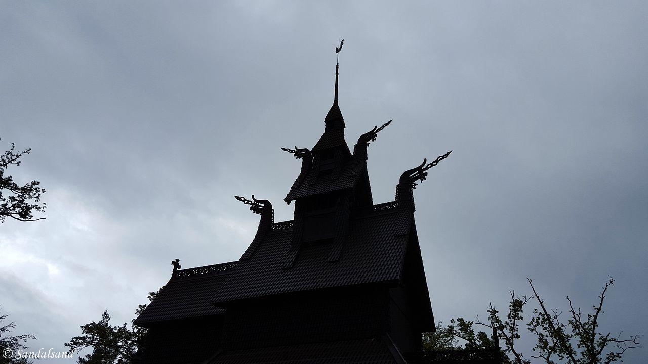 Hordaland - Bergen - Fantoft stavkirke