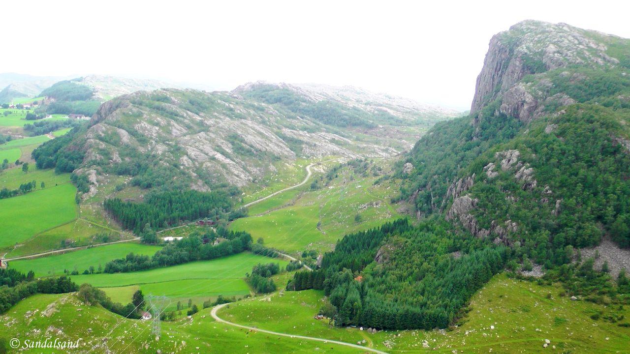 Rogaland - Bjerkreim - Utsikt mot Kyrkjefjellet til høyre