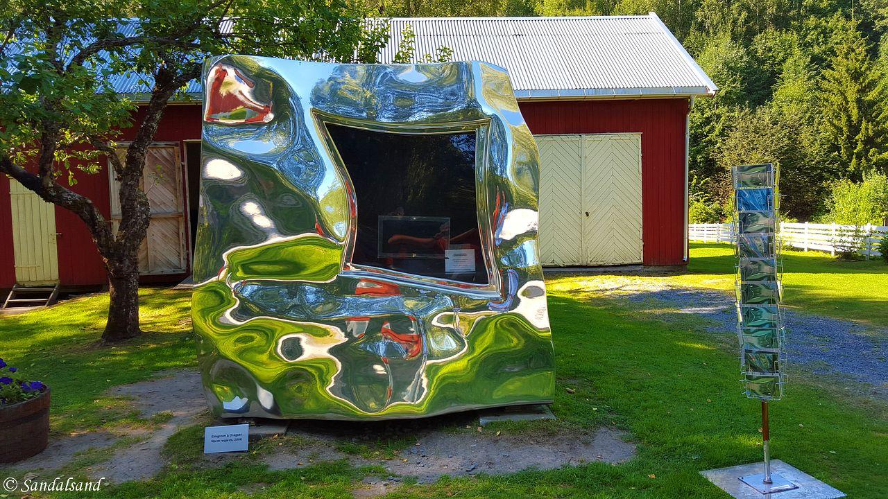 Oppland - Jevnaker - Kistefos - Skulptur - Kunstnere: Elmgreen & Dragset