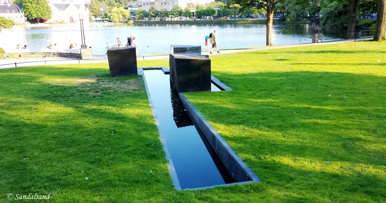Norway - Rogaland - Stavanger - Monumentet Been (Til minne om Kitty Kielland)