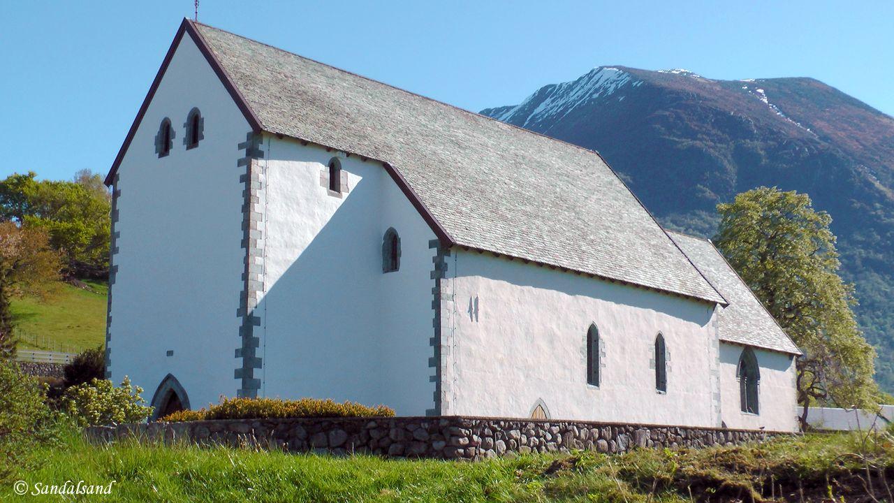 Hordaland - Kvinnherad - Kvinnherad kirke i Rosendal