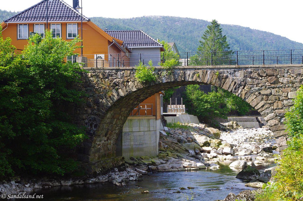 Rogaland - Lund - Moi steinbro