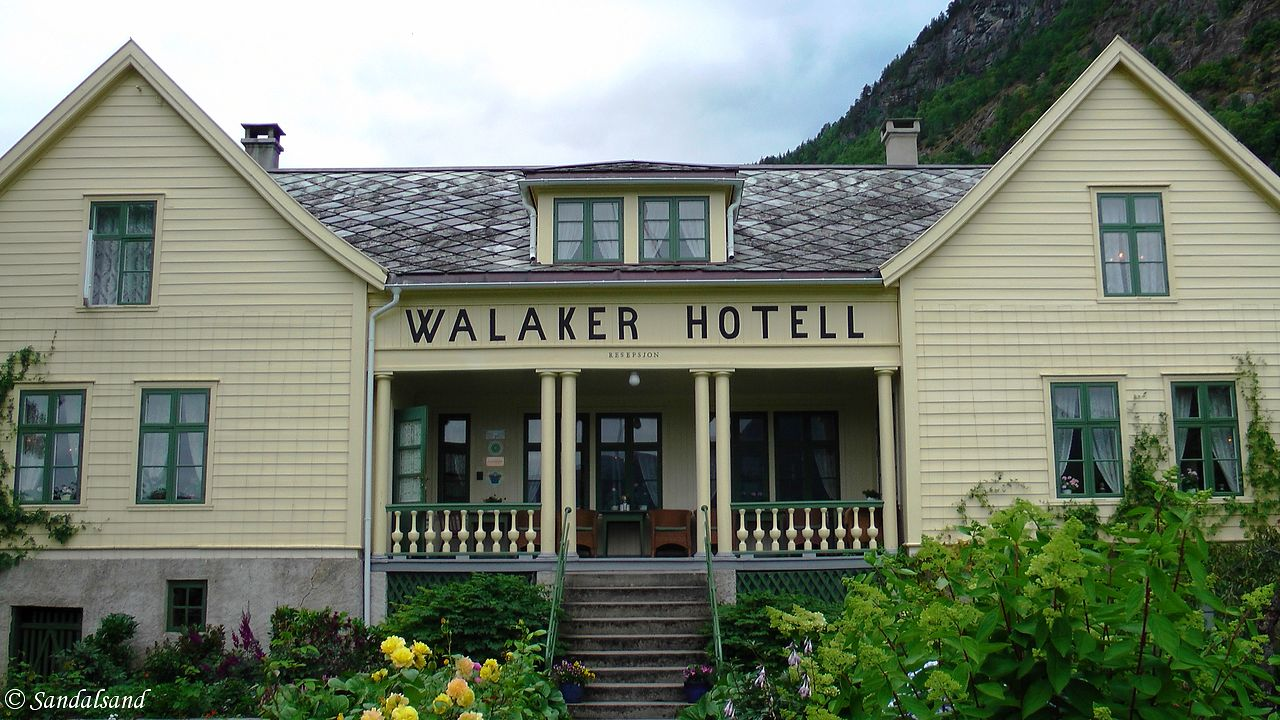 Sogn og Fjordane - Luster - Solvorn - Walaker hotell