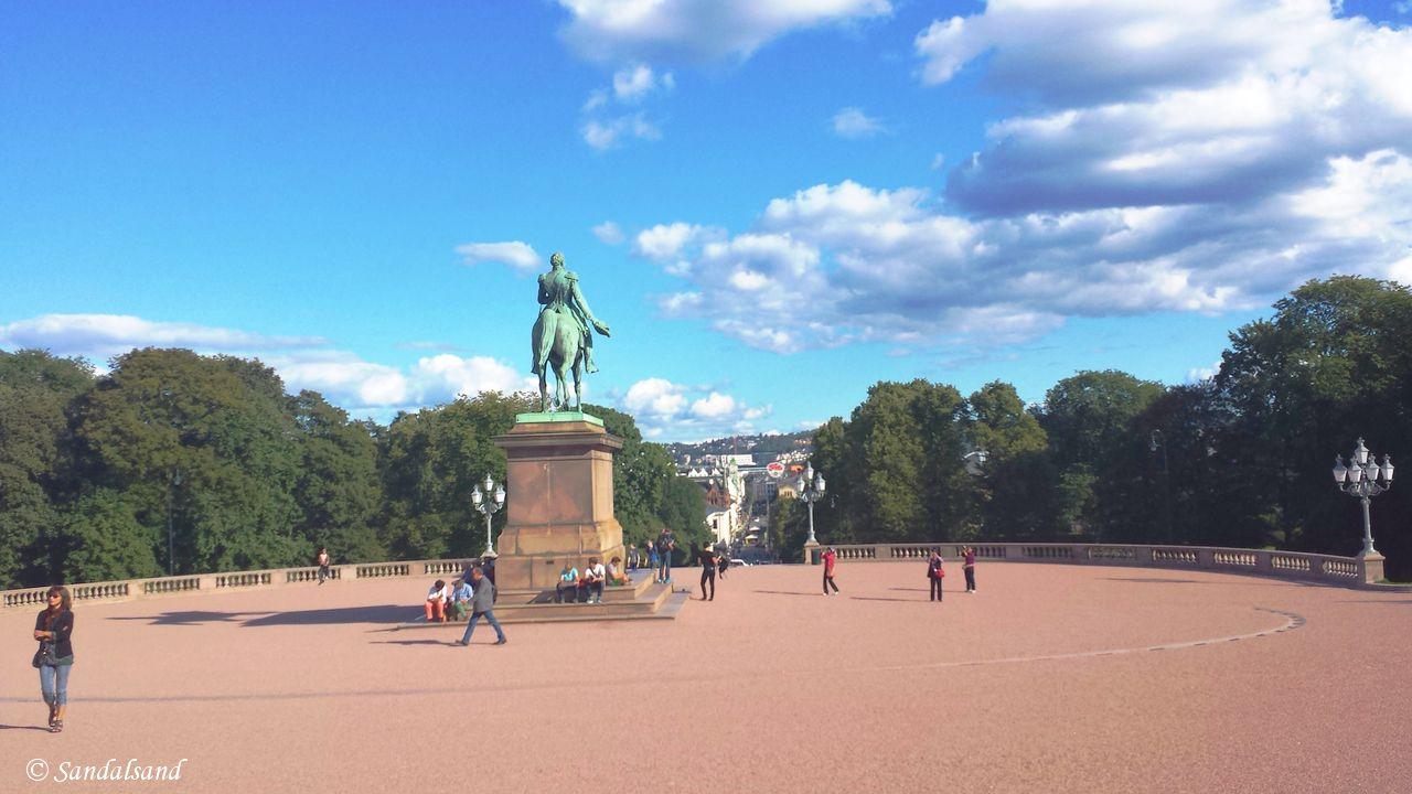 Oslo - Skulptur - Kong Karl III Johan, Slottsplassen