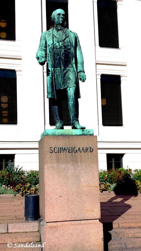 Oslo - Skulptur - Anton Martin Schweigaard, Universitetsplassen