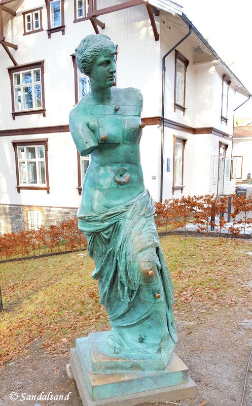 Oslo - Ekebergparken - Skulptur - Venus de Milo Aux Tiroirs