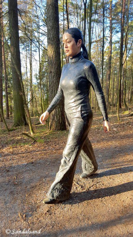 Oslo - Ekebergparken - Skulptur - Walking Woman