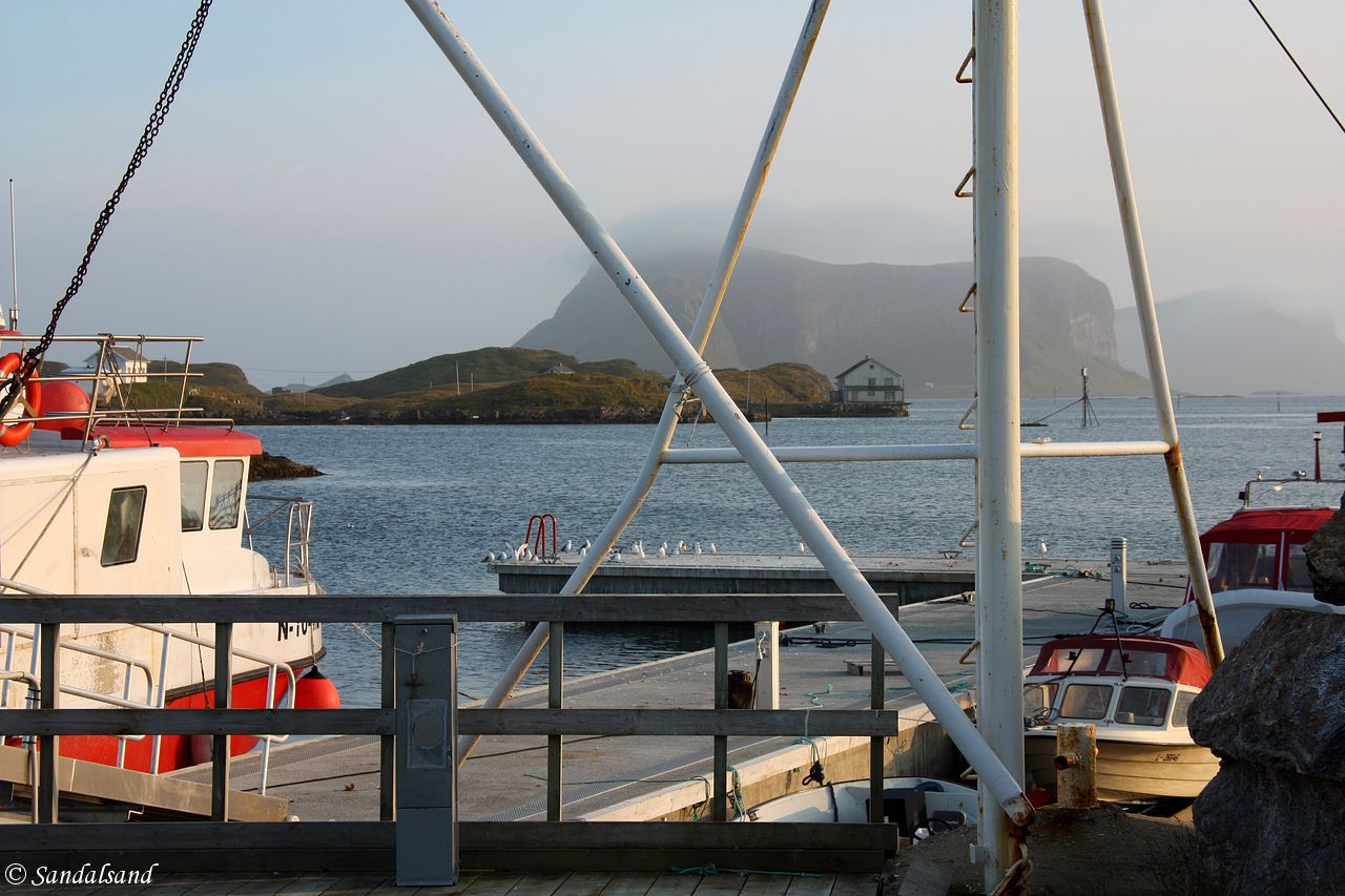 Nordland - Røst - Utsikt mot Vedøya i sør