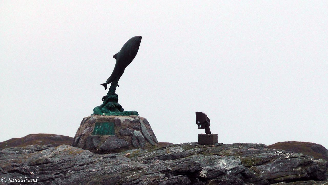 Nordland - Røst - Trettskjæret (Sandrigoøya) - Skulpturen Spranget