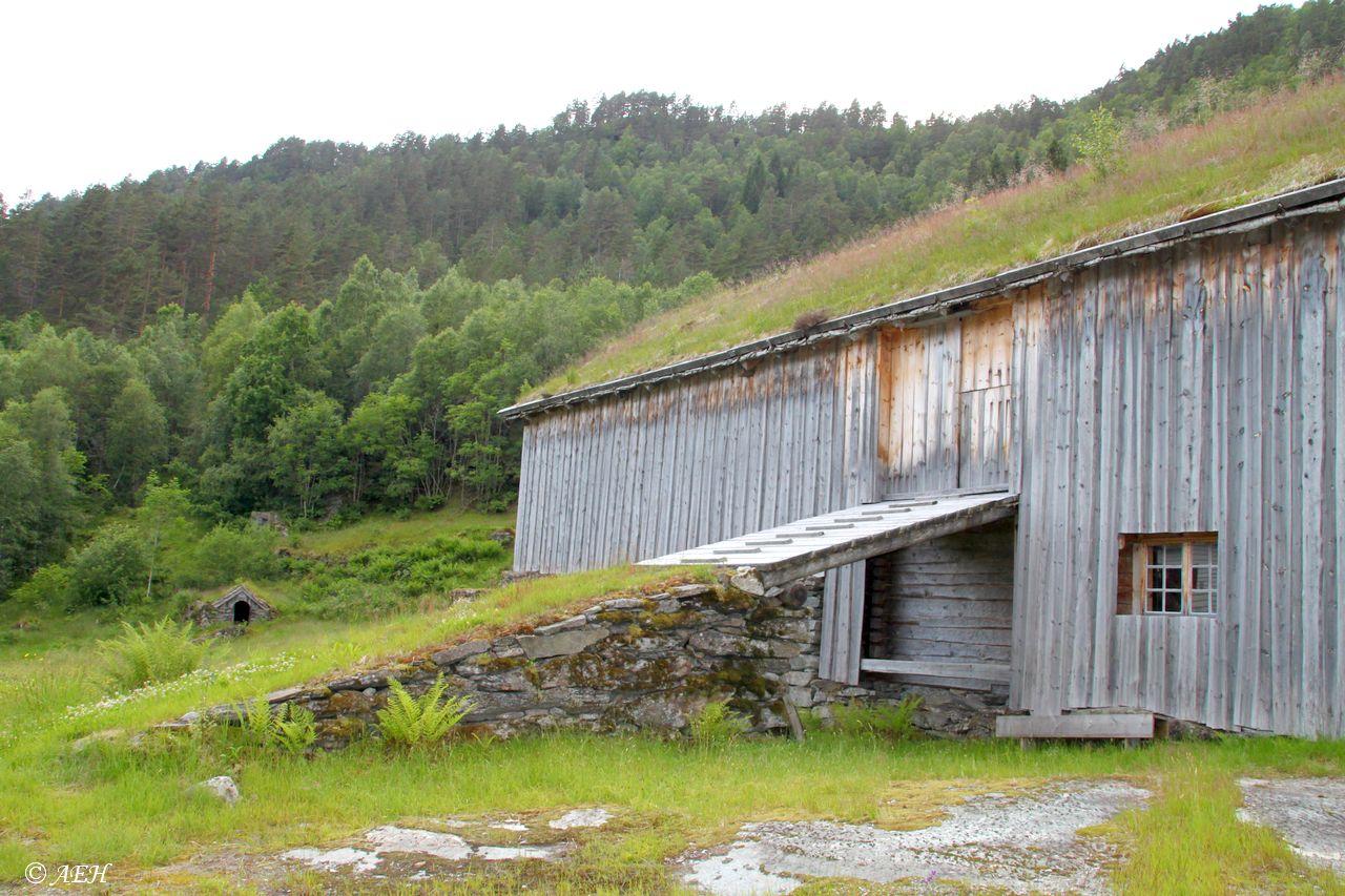 Rogaland - Sauda - Hustveit - Jonegarden