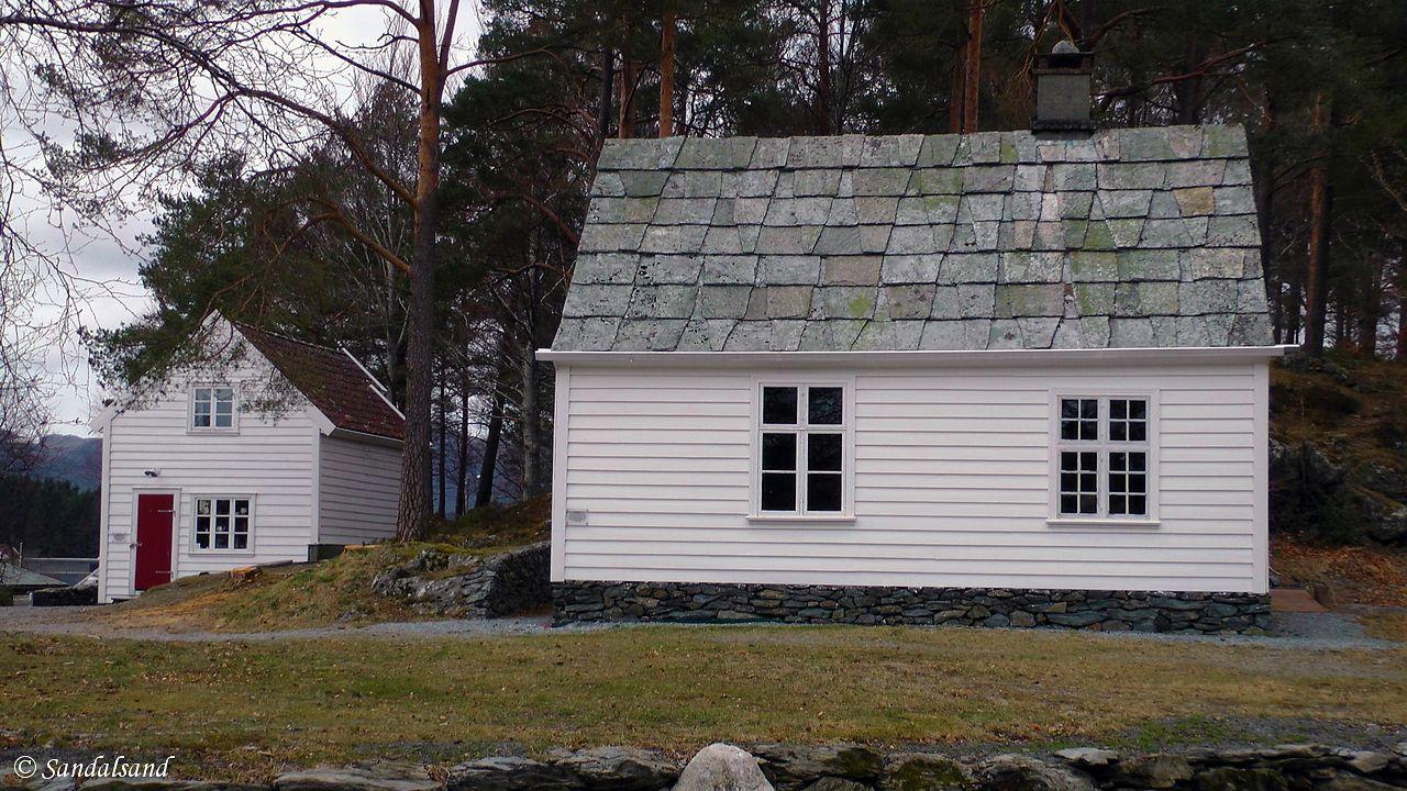 Hordaland - Stord - Sunnhordlandstunet i Leirvik - Skolestuen og Mehammabuo