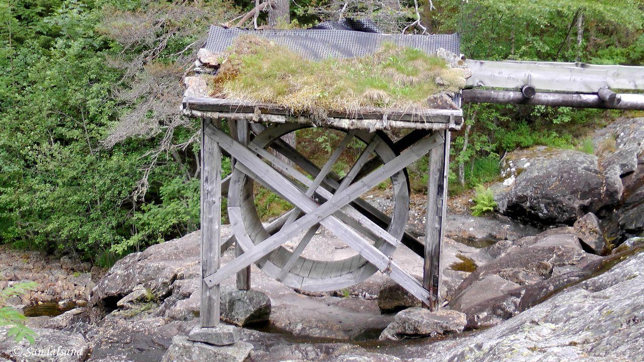 Rogaland - Suldal - Kolbeinstveit - Kvernhusene nedenfor tunet