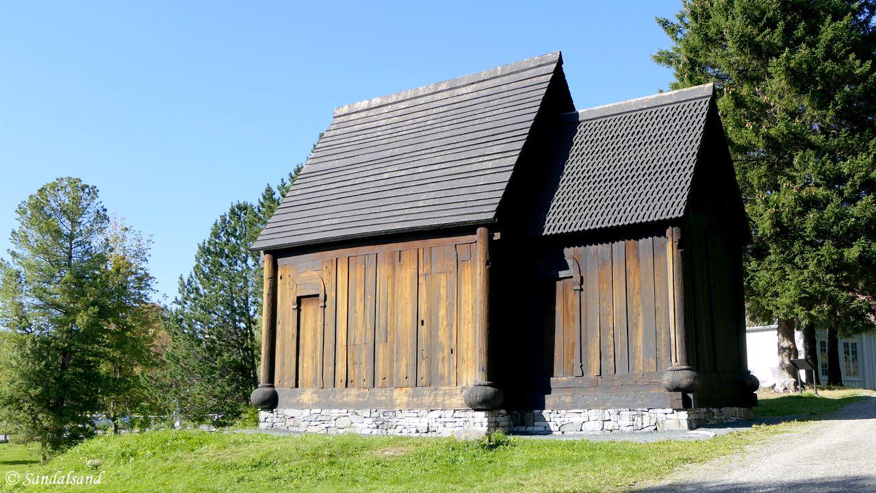 Trøndelag - Trondheim - Trøndelag Folkemuseum (Sverresborg) - Bygda - Haltdalen stavkirke - Sørveggen