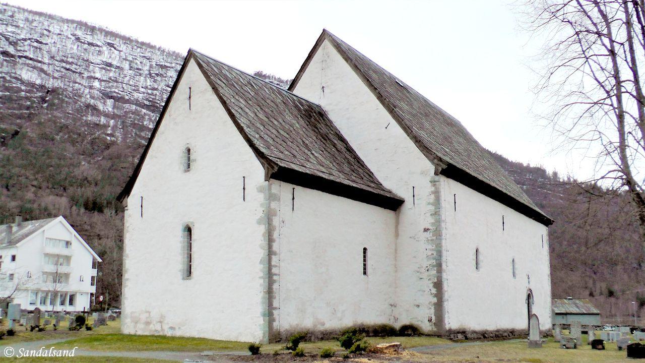 Hordaland - Ullensvang - Kinsarvik - Steinkirken